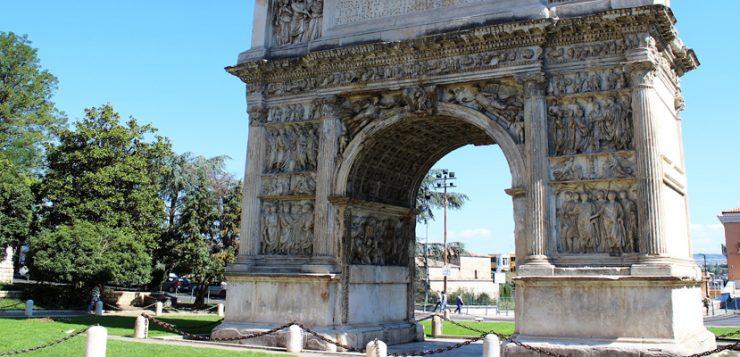 Arco di trionfo a Benevento