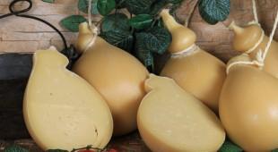 Espresso napoletano - Caciocavallo: in questi giorni si prepara il più gustoso