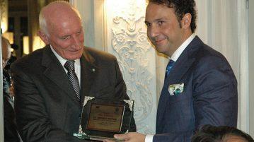 Consegna del Premio Enti e Istituzioni a Raffaele Squitieri,