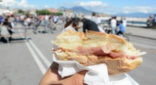"""Espresso napoletano - Napoli Strit Food Festival, """"idea  originale, in una location straordinaria"""""""