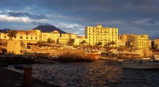 """Espresso napoletano - Parte da Torre del Greco il """"Gustopieno Tour di Averna"""", viaggio alla scoperta dei piatti tipici italiani"""
