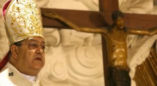 Espresso napoletano - Il cardinale Sepe inaugura la mostra sulla stampa cattolica in Campania