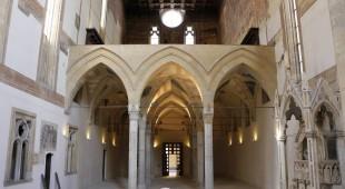 """Espresso napoletano - Via Duomo, la """"Via dei 7 musei"""""""