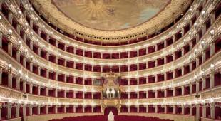 Espresso napoletano - Pranzo di solidarietà al Teatro di San Carlo