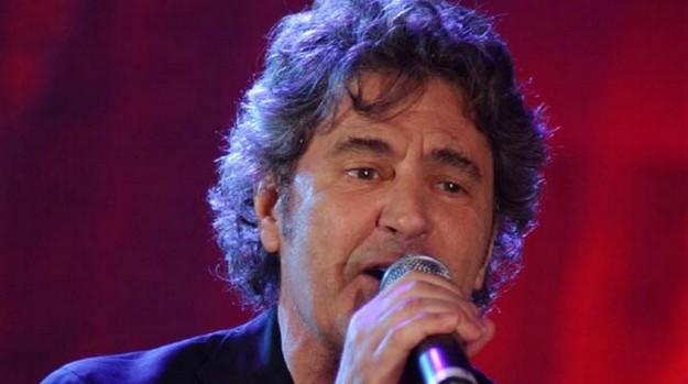 MILANO, 27 APRILE 2005 musica farm - FAUSTO LEALI © A.Terenghi / Fotostore