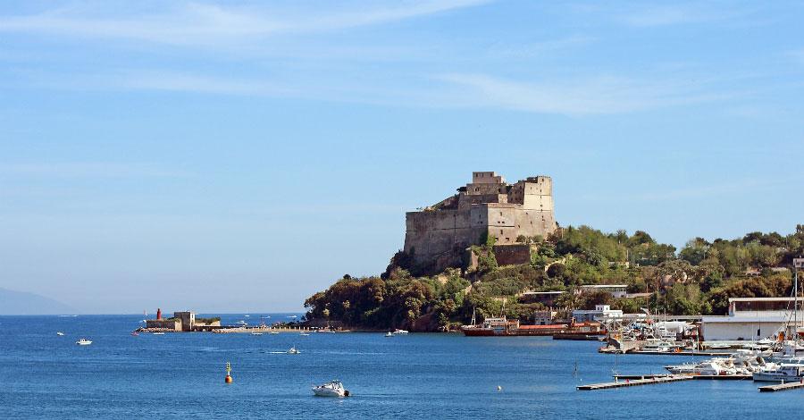 castello baia