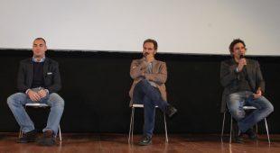 """Espresso napoletano - Incontro con gli studenti al Teatro Acacia per il progetto """"Senso di marcia"""""""