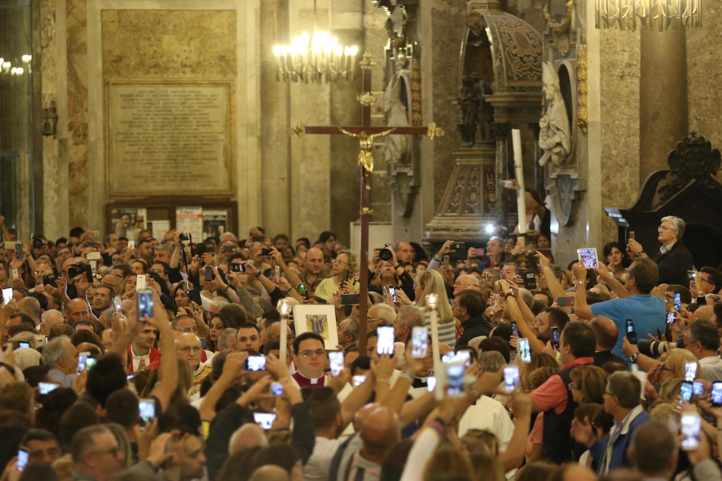 La celebrazione del miracolo di San Gennaro
