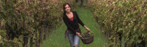 <p>Sono tornate! Dopo il sorprendente successo del calendario 2017 (ne abbiamo parlato qui), il gruppo delle Donne di Terra rilancia con una raccolta delle loro ricette più caratteristiche, da pubblicare nel 2018. Ma non si tratta di un semplice ricettario: per essere più incisive sul quotidiano, le donne del calendario contadino più famoso della Campania [&hellip;]</p>
