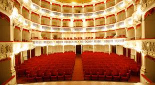 """Espresso napoletano - Tartaglia al Teatro Sannazaro con """"Tutto il mare o due bicchieri?"""""""