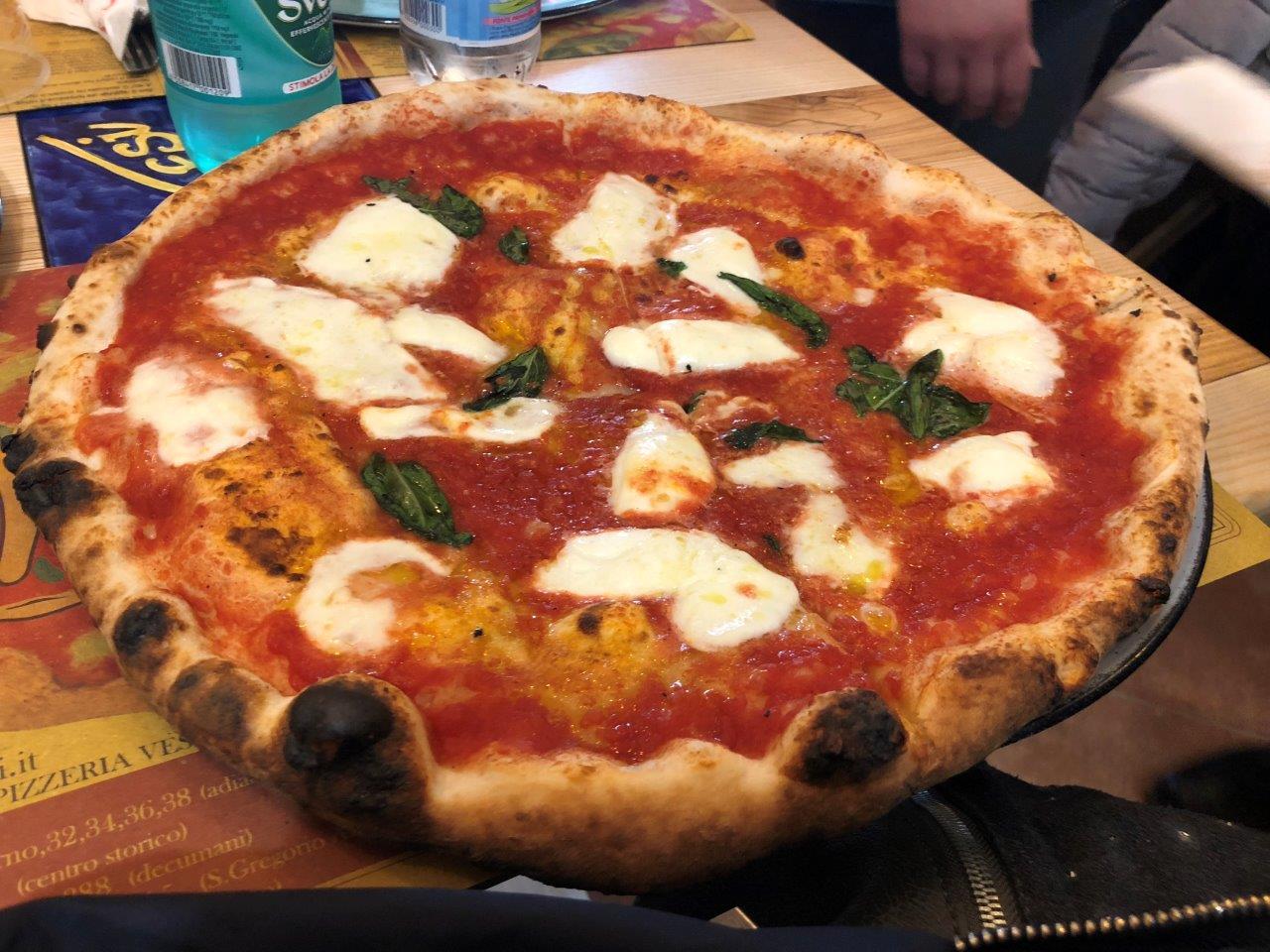 pizza vesi