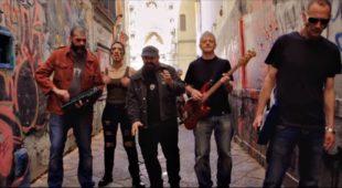 """Espresso napoletano - 99 posse, una """"corsa"""" verso la musica militante"""