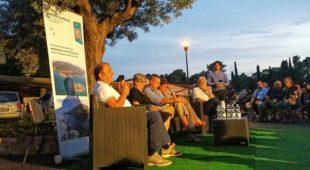Espresso napoletano - Una notte d'estate è nata un'idea: Punta Licosa come Casa della Cultura