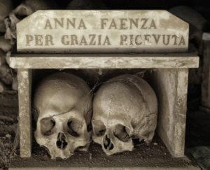 cimitero delle fontanelle   culto