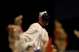 """<p>Uno spettacolo che si snoda attraverso poesie, canzoni, monologhi, dove il """"pulcinellesco"""" diventa il confine tra premeditazione e improvvisazione. A Capua con l'opera Pulcinellesco s'inaugura """"FaziOpentheater"""", la Prima Rassegna Nazionale di Teatro – Danza – Arti Performative, ideata e diretta da Antonio Iavazzo. Il primo dei nove spettacoli in cartellone, andrà in scena sia sabato [&hellip;]</p>"""