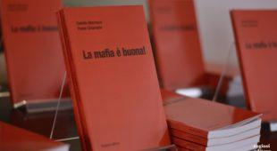 Espresso napoletano - Roma accoglie La mafia è buona!