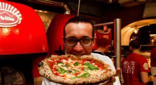 Espresso napoletano - Solidarietà per Sorbillo: le dichiarazioni dopo l'attacco alla storica pizzeria