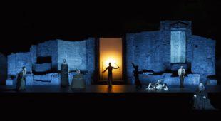 Espresso napoletano - Oedipus di Sofocle firmato da Robert Wilson al Teatro Mercadante