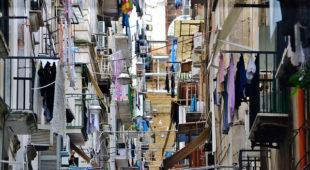 Espresso napoletano - Trekking urbano letterario alla scoperta dei Quartieri Spagnoli