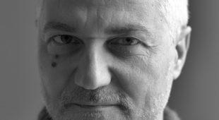 Espresso napoletano - Braucci racconta l'infelicità italiana, un pamphlet che invita alla consapevolezza
