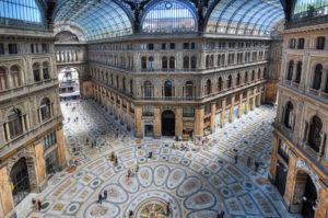 <p>Uno dei simboli della città partenopea, motivo di vanto per il capoluogo campano, la Galleria Umberto I di Napoli è stata iniziata nel 1887 e terminata del 1890. Si, avete letto bene, sembra incredibile, ma è cosi! Quest&#8217;opera così imponente e maestosa, è stata realizzata in soli tre anni, gli stessi in cui, a Parigi, [&hellip;]</p>