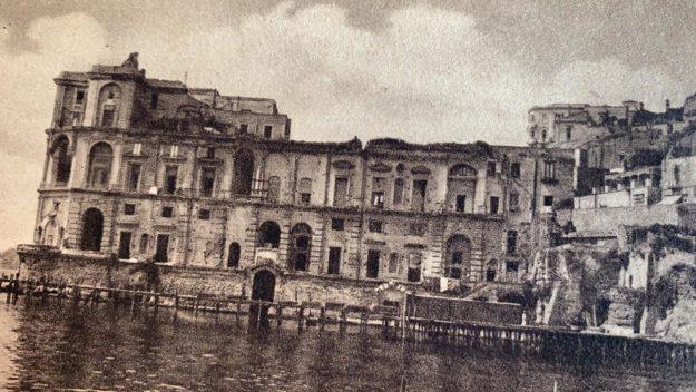 palazzo donn'anna - foto d'epoca