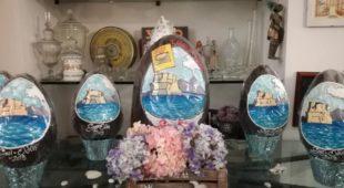 Espresso napoletano - L'uovo di Gay-Odin che contiene un libro (e un'intera città)