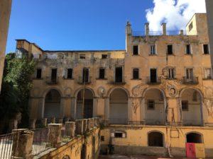 <p>Napoli torna a dettare le regole dell&#8217;avanguardia elettronica con il Digital Art Festival. Come sul finire degli anni Novanta, grazie all&#8217;esperienza dell&#8217;innovativo &#8220;Sintesi &#8211; festival delle arti elettroniche&#8221;, nasce oggi, in collaborazione con Magmart | international videoart festival, DAF &#8211; Digital Art Fest the freed emotion, che avrà luogo dal 21 al 23 giugno in [&hellip;]</p>