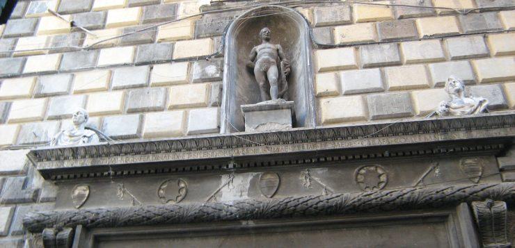 palazzo diomede carafa